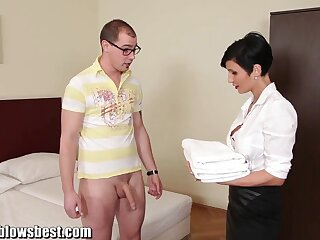 MommyBB Big-busted euro MILF Demoiselle sucks someone's external guest-house client