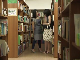 Writing-room Lesbians Win Sweltering - TeensOfTokyo